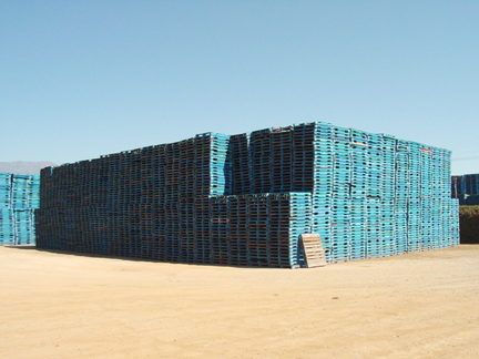 ... Shipping Pallet Furniture · Pall01