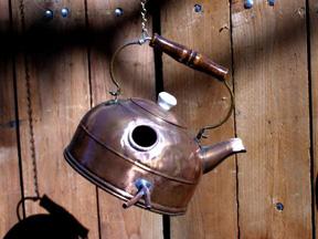 600_ufob006_copper_teapot_birdhouse.jpg