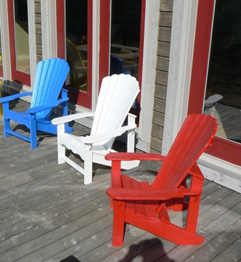 red-white-and-blue-adirondack-chairs-e1340738224605