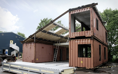upcycled-shipping-container-house